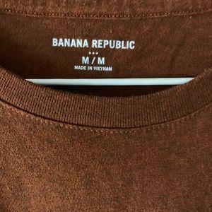 Banana Republic Factory Shirts - Brown graphic t-shirt, beer mug. Banana Republic